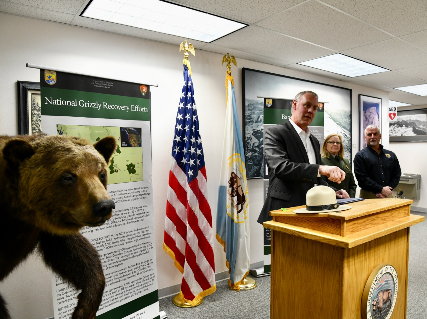 Secretary Zinke Supports Grizzly Bear Restoration In North