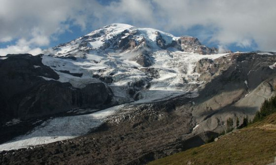 Nisqually Glacier at Mount Rainier National Park
