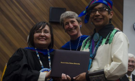 Secretary Jewell with Native American students