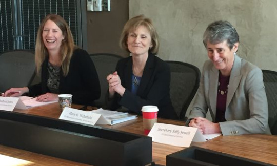 Secretary Sally Jewell and HHS Acting Deputy Secretary Mary Wakefield sit at a roundtable discussion.