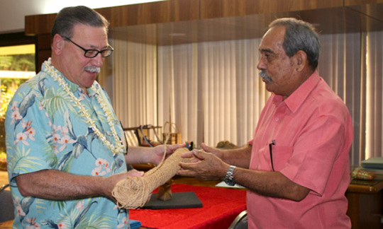 FSM President Christian presents Assistant Secretary Domenech with coconut sennit used traditionally in Micronesia for building and lashing outriggers to canoes.  Photo credit A.Kim/U.S. Embassy