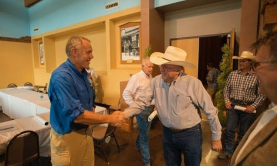 Secretary Ryan Zinke shakes the hand of a local National Monument Stakeholder.