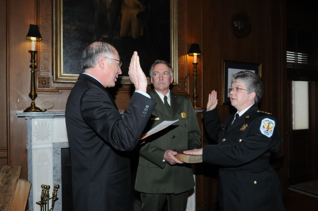 Teresa Chambers sworn in by Secretary Salazar