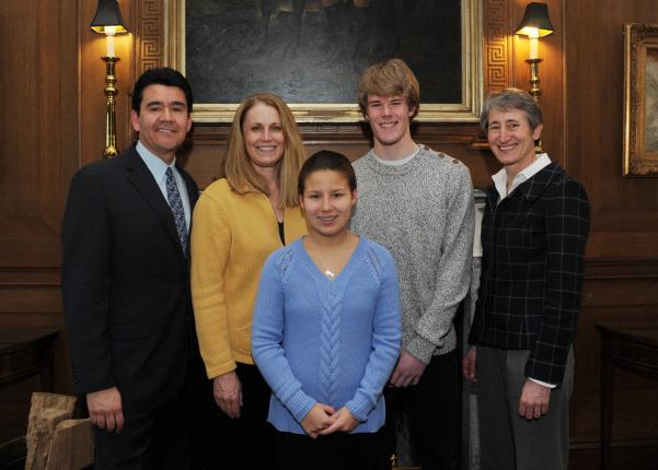 Deputy Secretary Mike Connor posing with his family and Secretary Sally Jewell