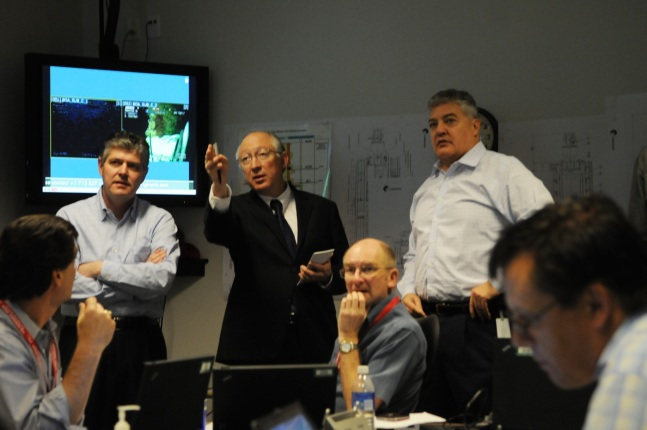 Secretary Salazar received a full situation briefing from BP staff upon his arrival in Louisiana on Thursday.