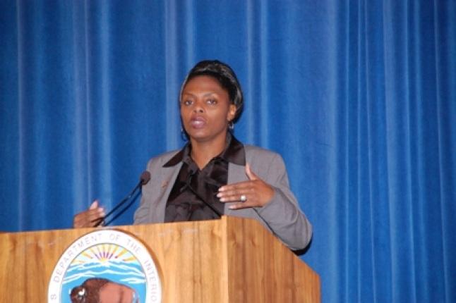 GSA's Verlinda Blake speaking at podium.