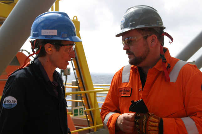 Secretary Jewell speaking on an oil rig