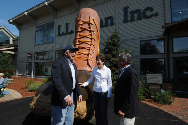 Secretary Salazar visits L.L. Bean HQ