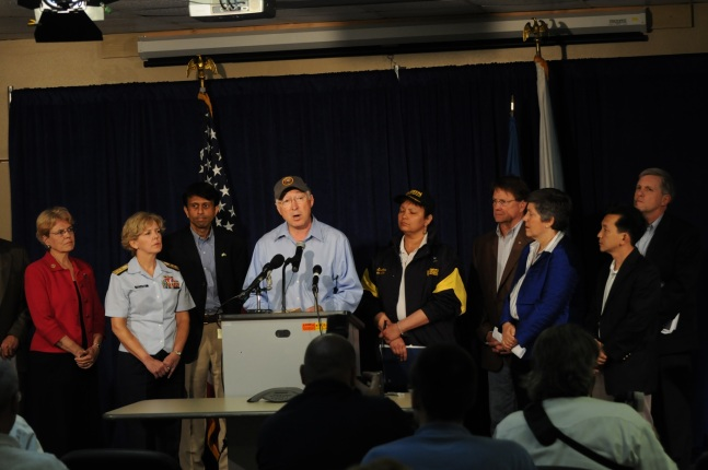 Administration officials went to the Gulf Coast at President Obama's request to inspect ongoing operations and ensure oversight and interagency cooperation. Left to right are NOAA Adminstrator Dr. Jane Lubchenco, Commander 8th Coast Guard District Re