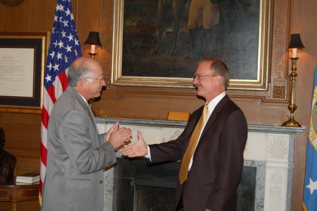 Secretary Salazar applauds the appointment of Sam Hamilton as the Director of the U.S. Fish and Wildlife Service.