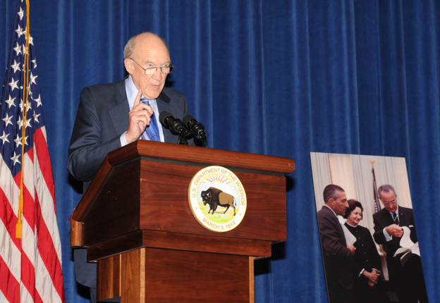 Formar Wyoming Senator Alan Simpson gives his remarks at the Stewart Lee Udall Interior Building dedication ceremony.