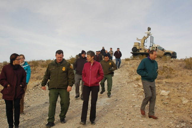Secretary Jewell with border patrol