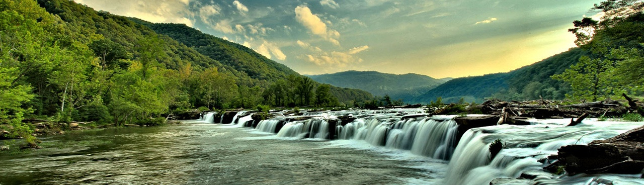 Photo of Sandstone Falls -- the largest waterfall on the New River -- by Adam Jewell (www.sharetheexperience.org)